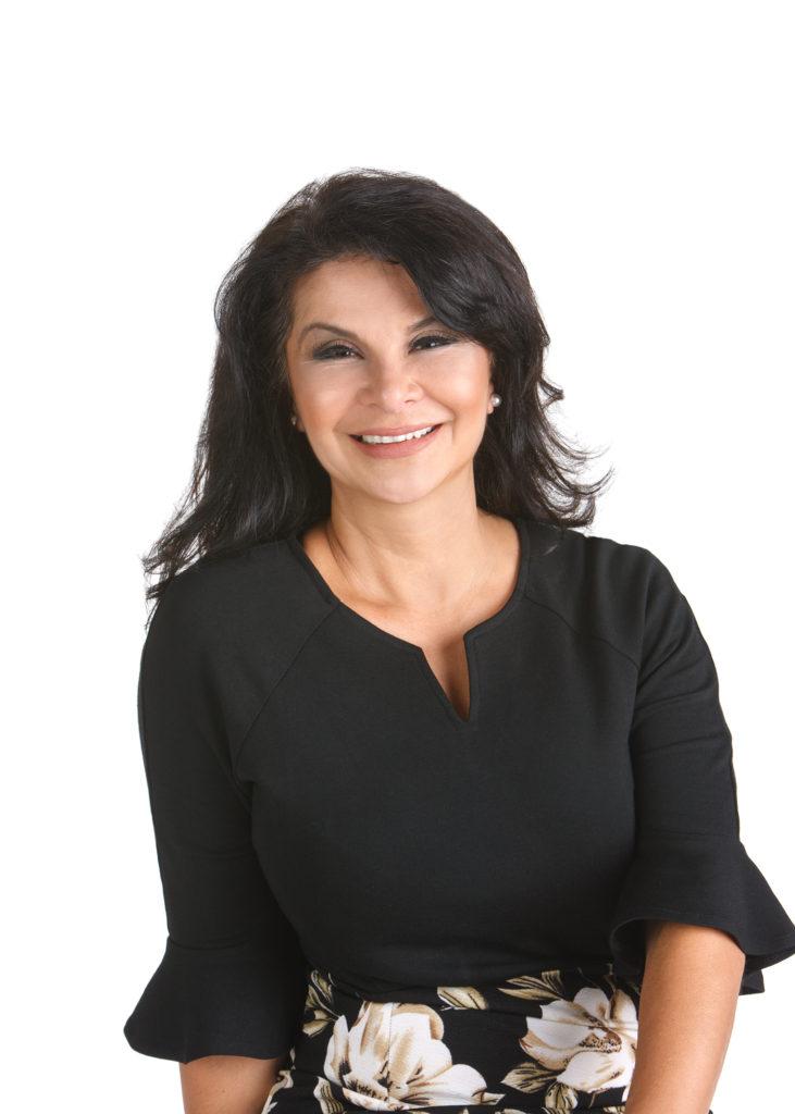 patronella staff Eva Cadena